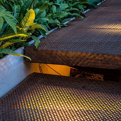 Chelsea Flower Show Picture-Perf Walkway