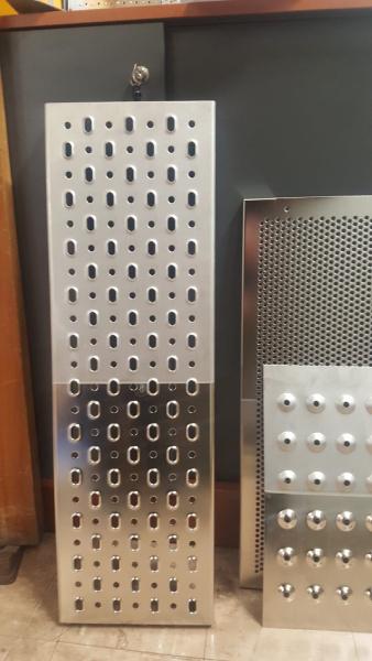 Electropolishing stainless steel