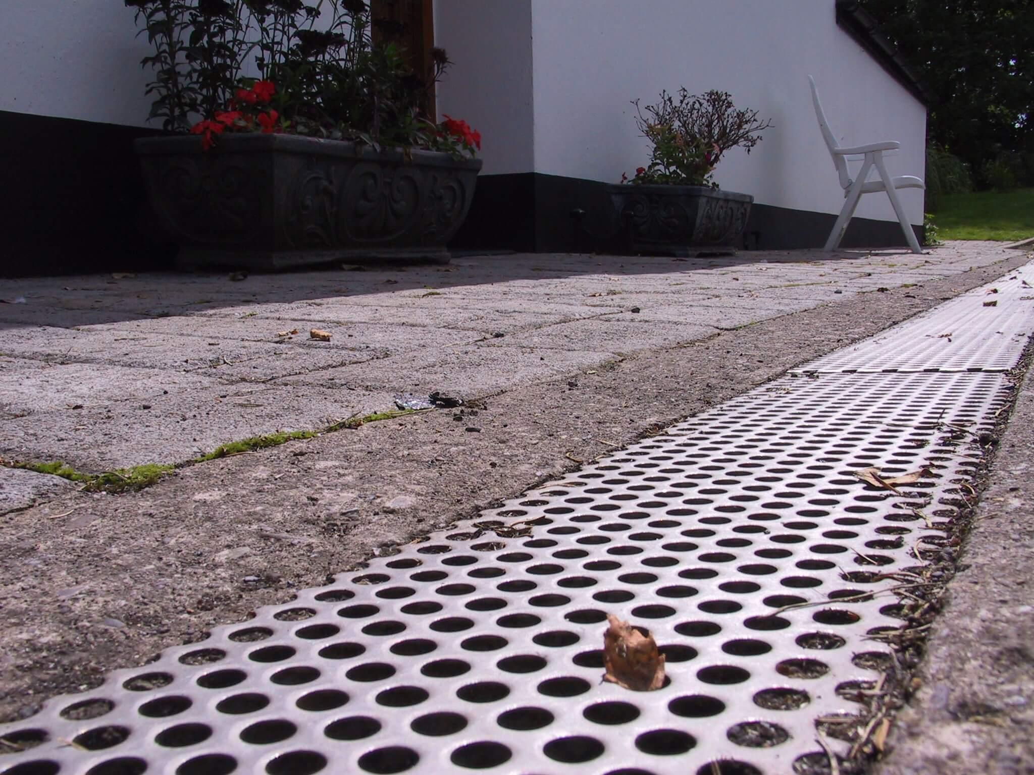 Stainless steel drain